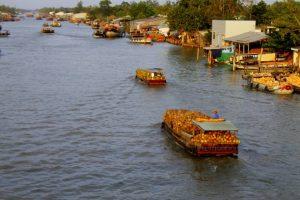 Hành trình trên sông Thom, Mỏ Cày Nam