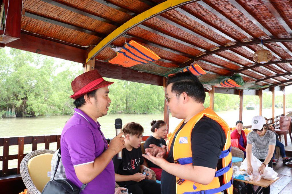 Ca sĩ Quang Lê rất thích trải nghiệm Du lịch C2T - Bến Tre