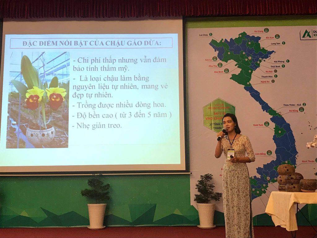 """""""Gáo dừa Hồng Yến"""" của Nguyễn Thị Hồng Yến bến tre"""