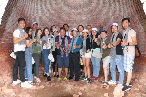 Đoàn ghé thăm lò gạch cũ duy nhất còn lại ở TP Bến Tre – Du lịch C2T