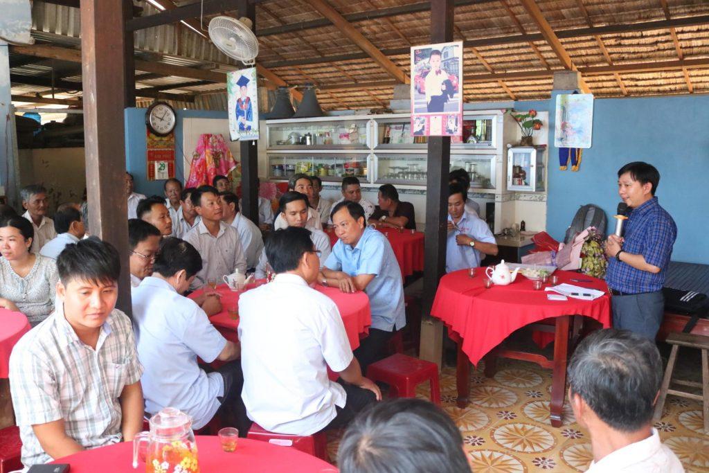Không gian buổi họp mặt tại nhà ông Đoàn Văn Mười